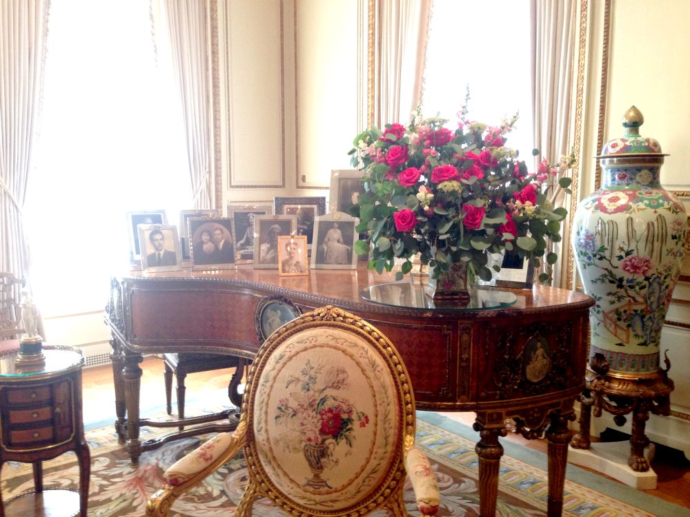 piano french drawing room